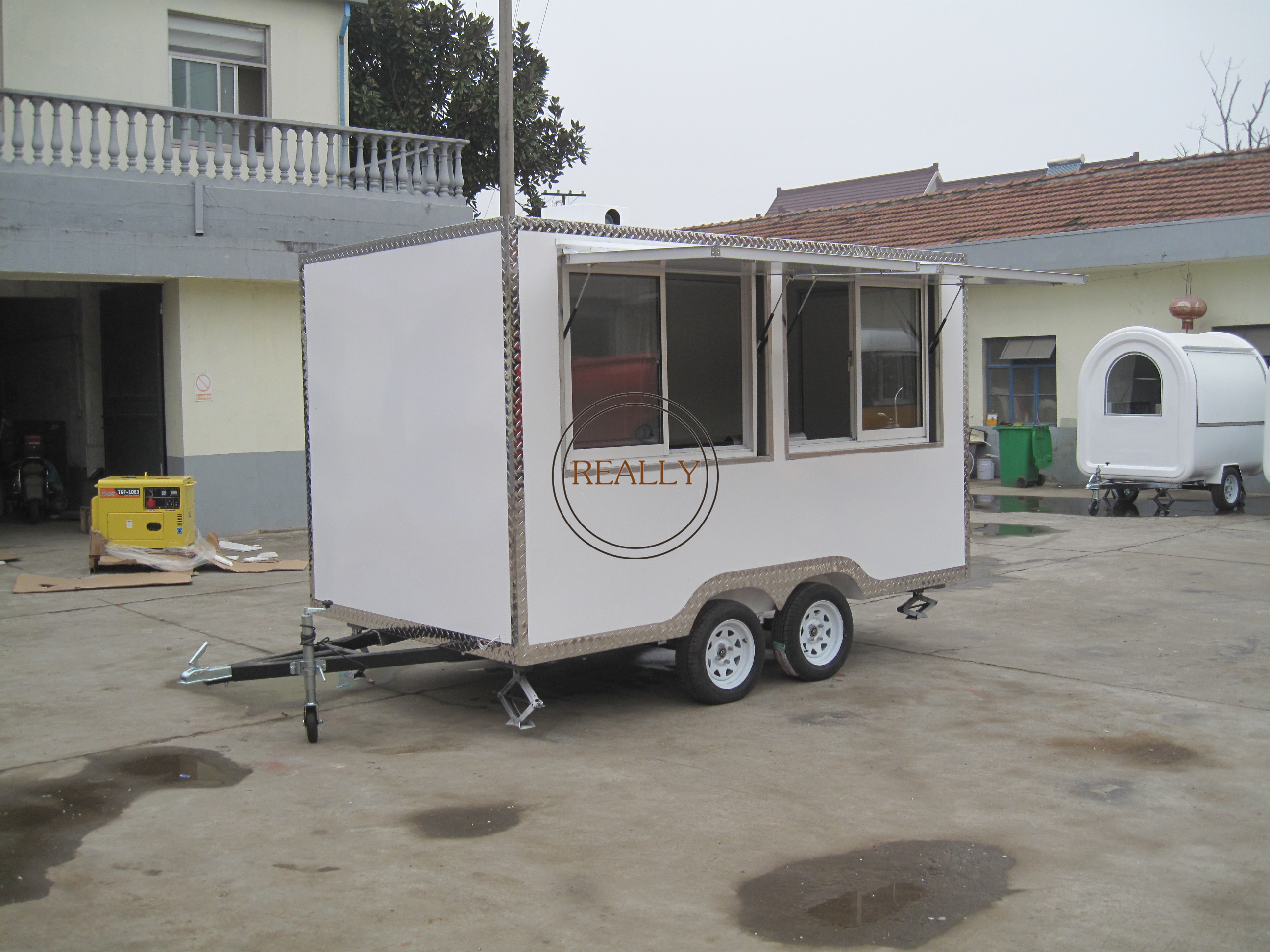 KN-FS400 Customized Black Electric Pizza Coffee Waffle Mobile Restaurant Food Truck Cart with Factory Price