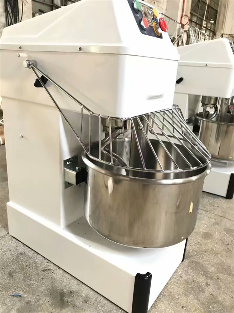 Professional Kitchen Equipment Double Speed Spiral Dough Mixer Price with 20kg
